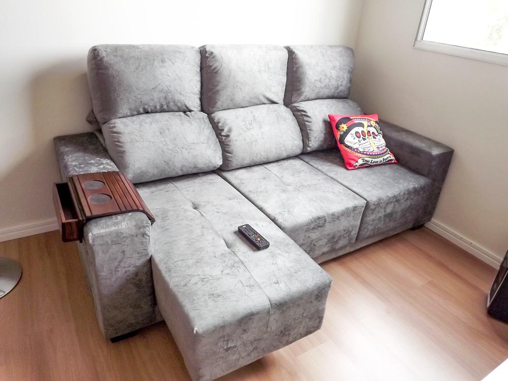 Sof apartamento pequeno pequeno grande ap for Sofas de 2 metros